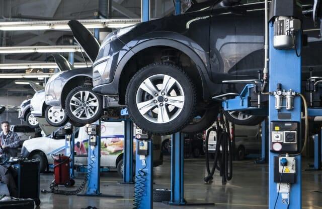工場 自動車修理工場