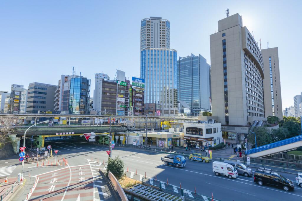 飯田橋駅周辺での粗大ゴミ回収方法は?信頼できるおすすめの民間業者5選