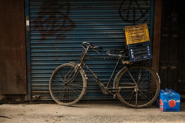 自転車の処分・売却9つの方法と費用|お得な処分方法や防犯登録抹消手続きを解説